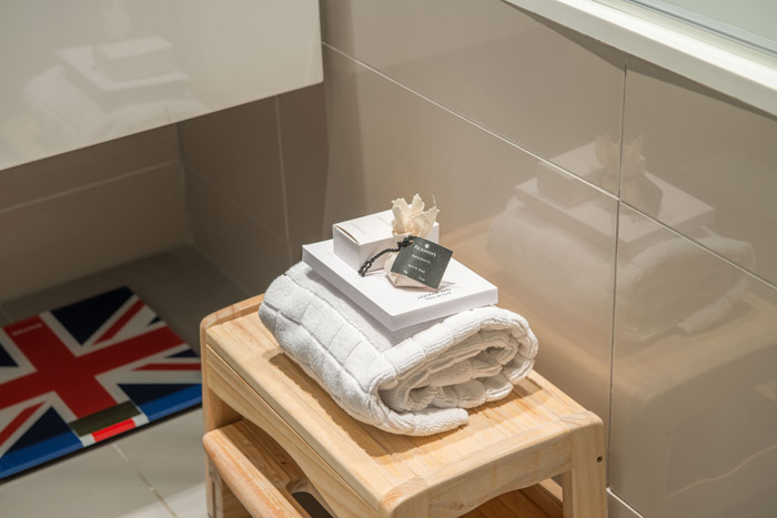 Bathroom - Towels and toiletries