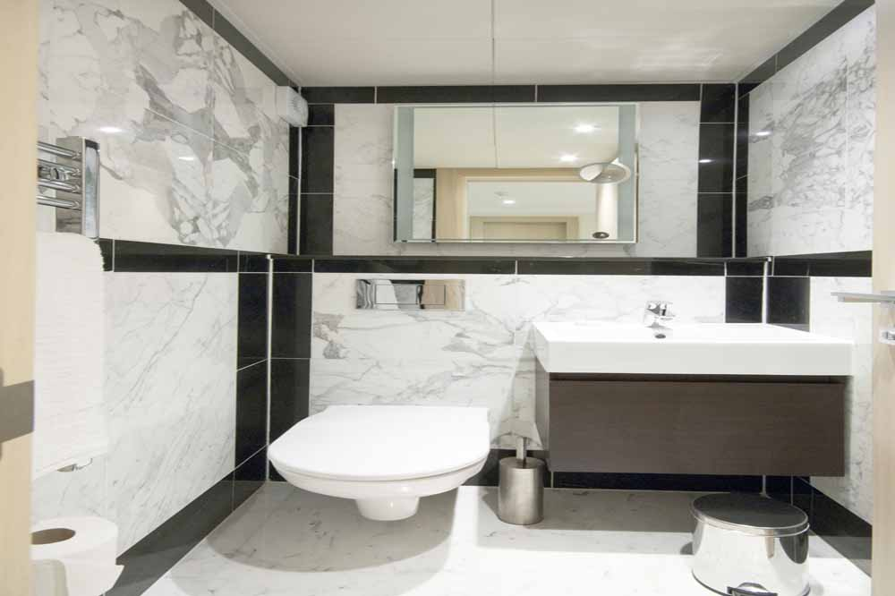 Three Bedroom Beaufort Penthouse Suite - Bathroom