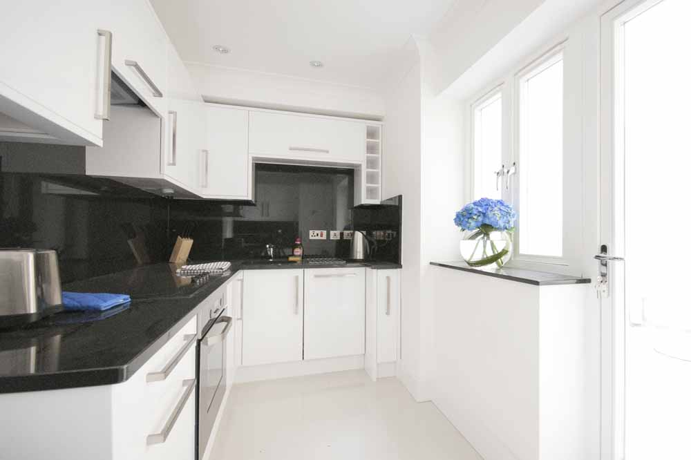 Standard One Bedroom Apartment - Kitchen