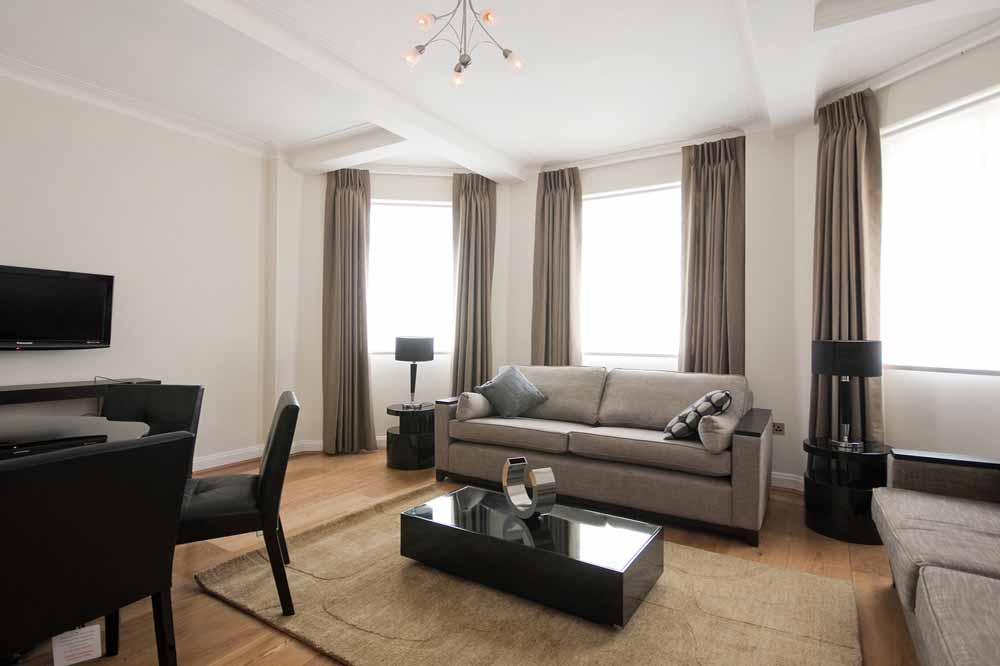 Superior Three Bedroom Apartment - Living Area