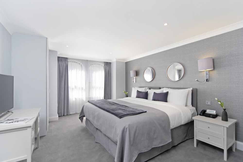 Three Bedroom Mayfair Suite - Bedroom
