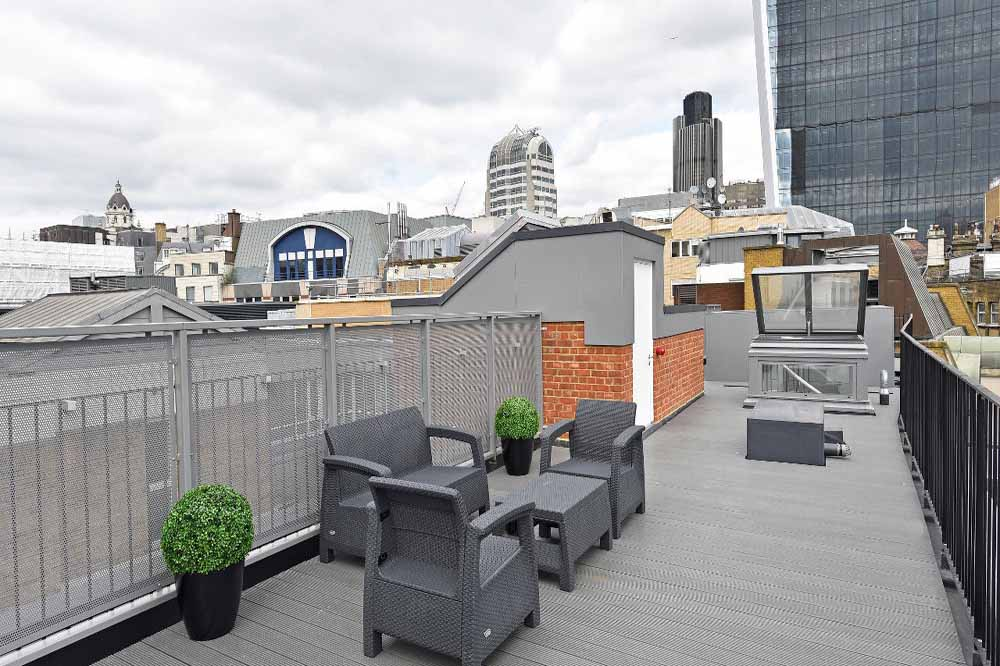 Three Bedroom Penthouse Apartment - Rooftop Terrace
