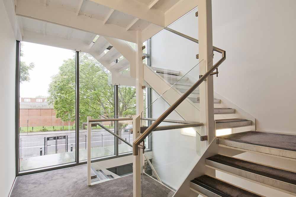 Caledonian Road Apartments - Staircase