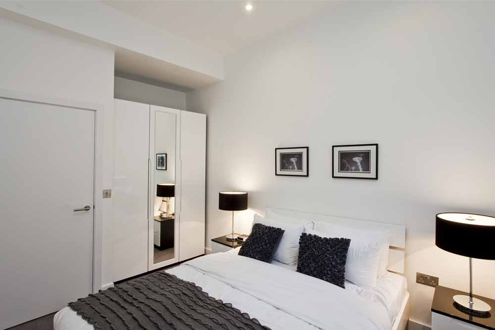 Classic One and Two Bedroom Apartment - Bedroom