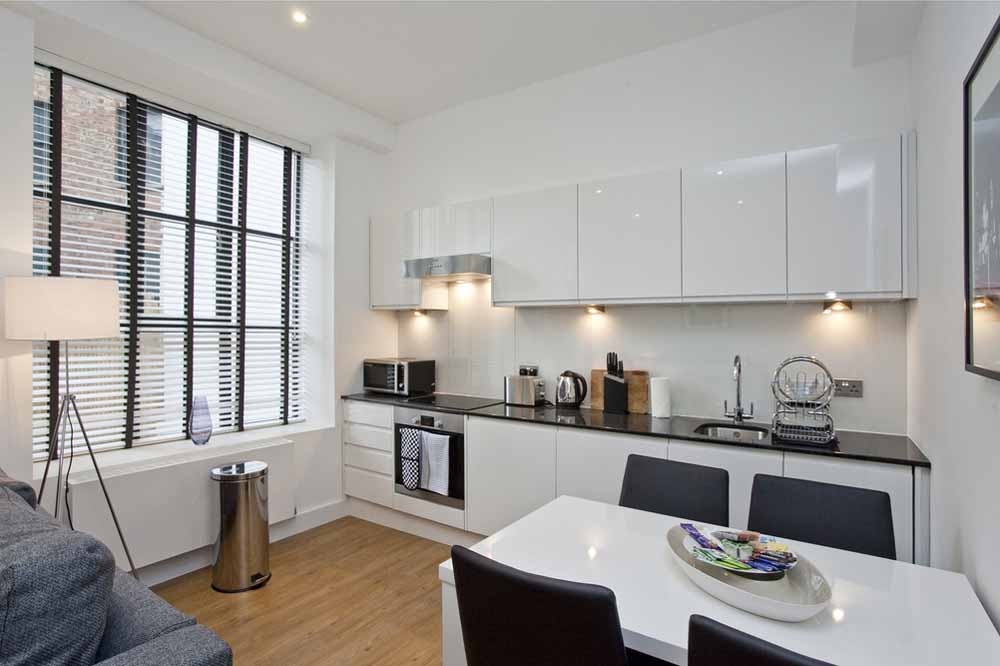 Classic One and Two Bedroom Apartment - Kitchen and Dining Area