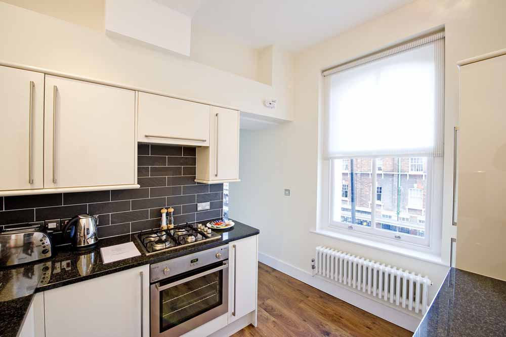 Premium One Bedroom Apartment (Commercial St) - Kitchen