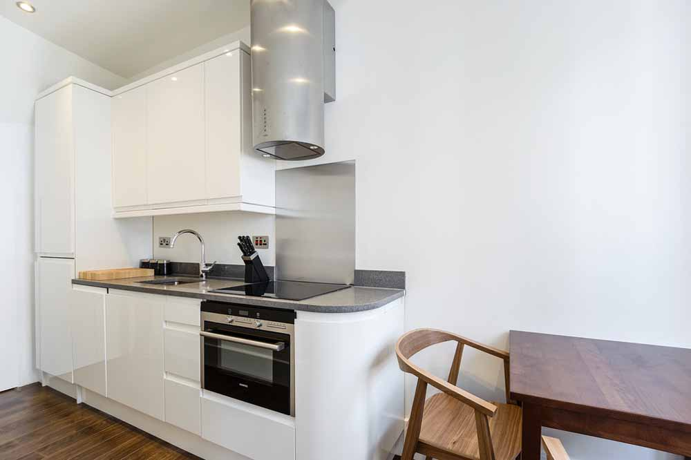 Studio Apartment - Kitchenette and Dining Area