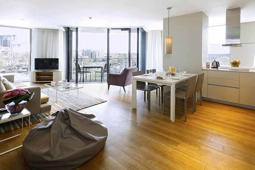 Luxury Two Bedroom Apartment with Tower View - Living Room