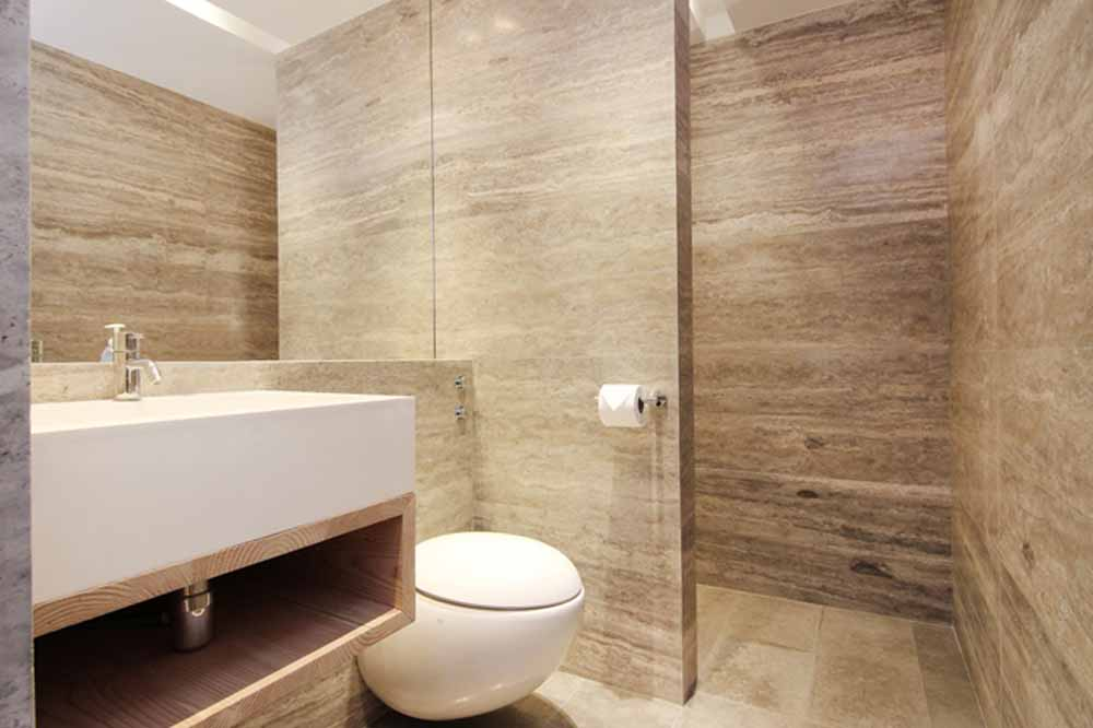 Two Bedroom Apartment - En-suite Bathroom