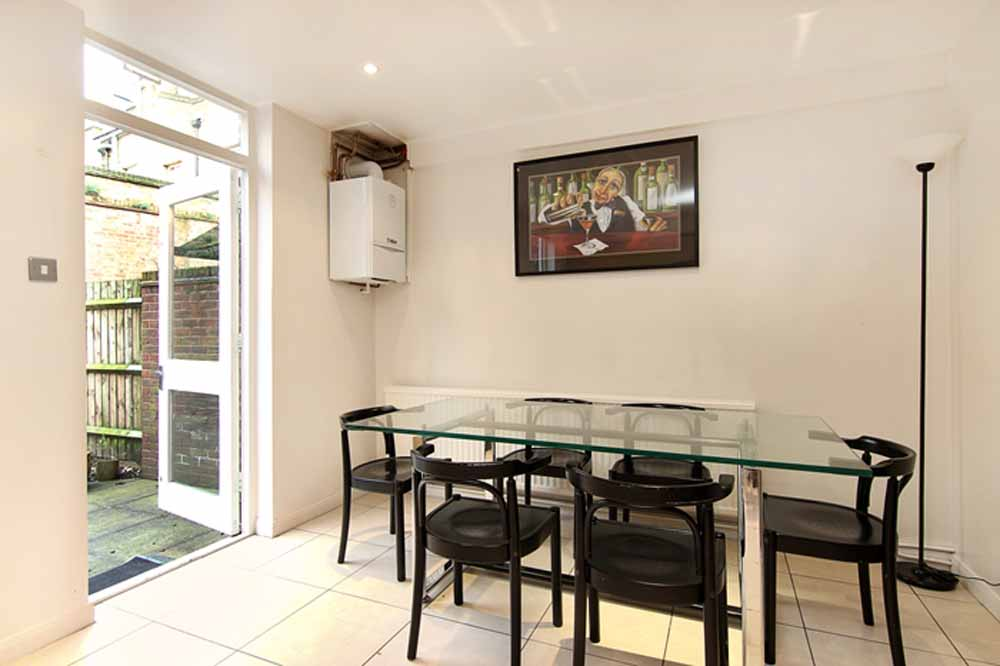 Three Bedroom Apartment - Dining Area