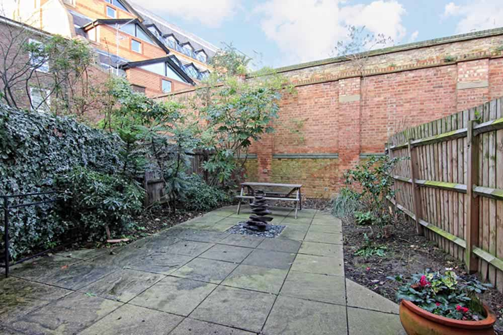 Marlborough Town House - Private Garden