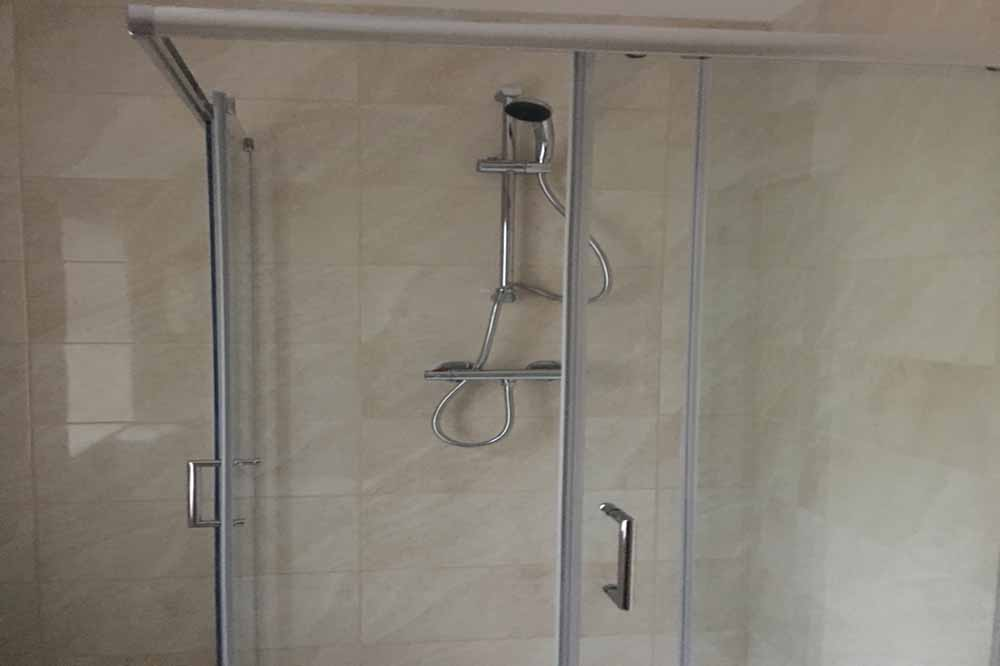King George House Apartments - Bathroom