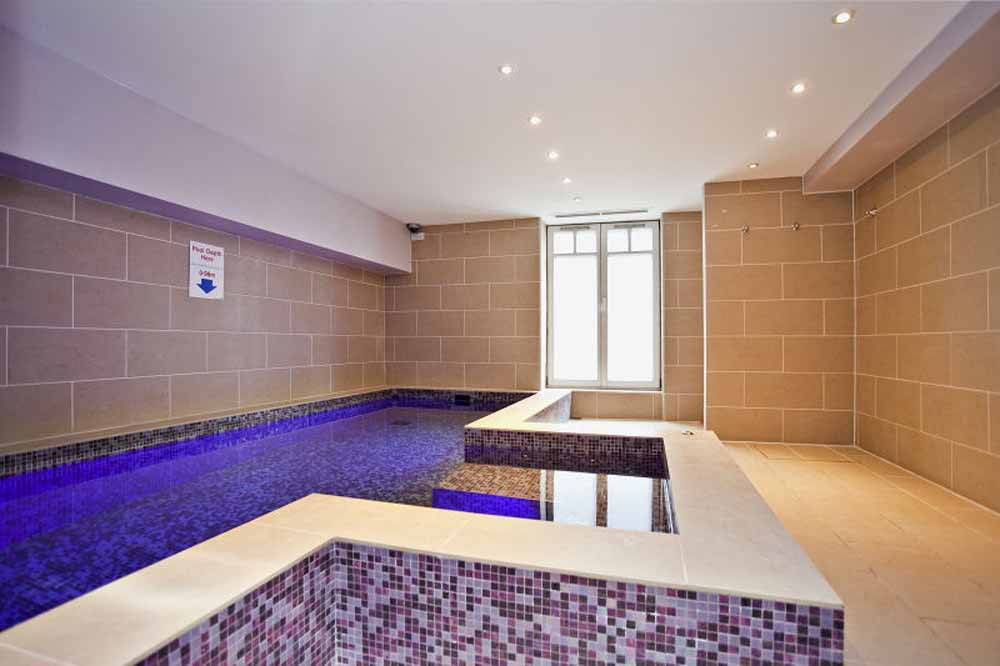 Marsham Street Apartments - Swimming Pool