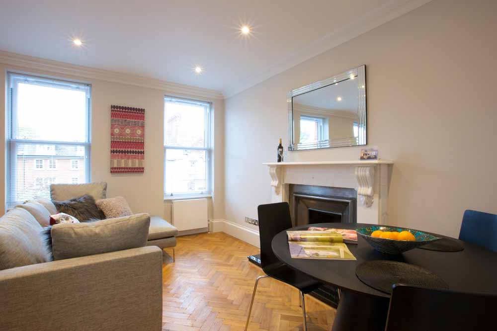Barons Court Apartments - Living Area