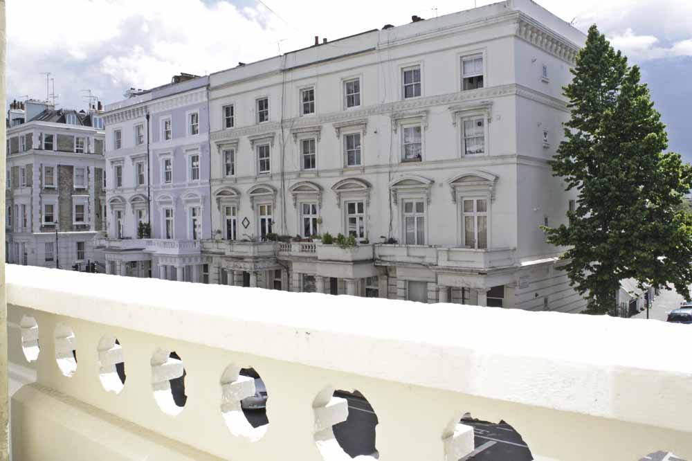 102 Ladbroke Grove Apartments in Notting Hill