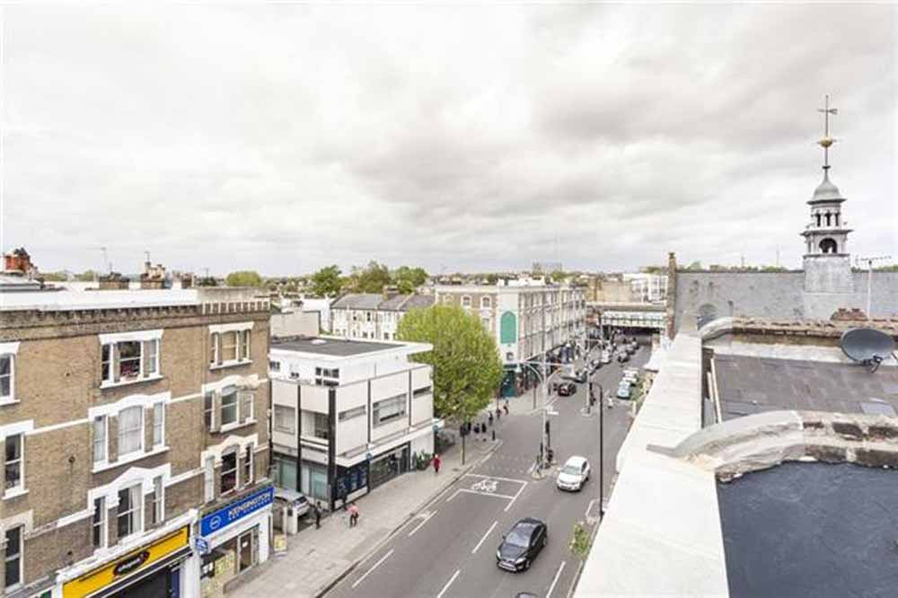 Two Bedroom Penthouse Apartment - Roof Terrace View