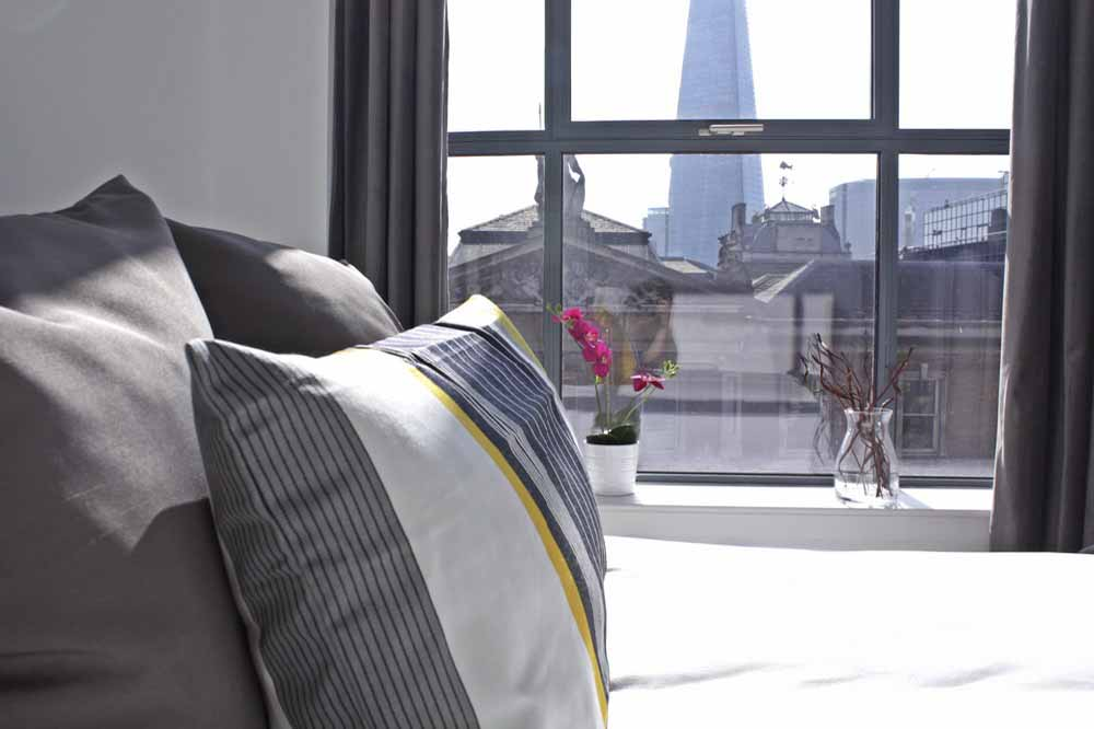 Shard View Apartments - Bedroom