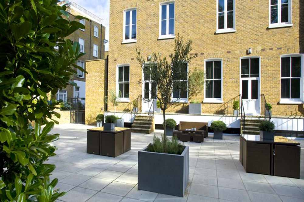 Templeton Place Apartments - Private Garden
