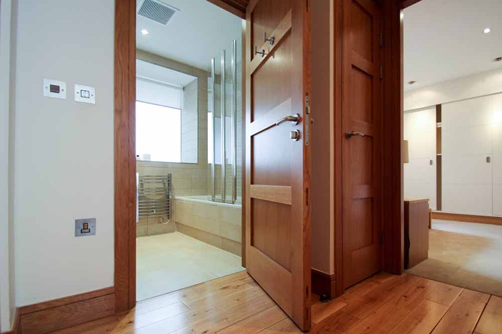 One Bedroom Apartment - Corridor Leading to Bathroom