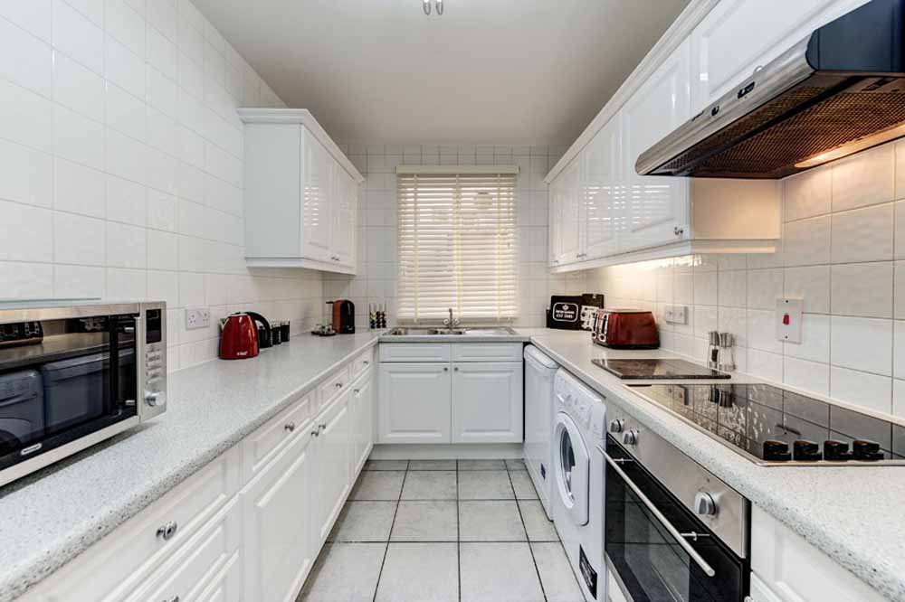 Three and Four Bedroom Apartment - Kitchen