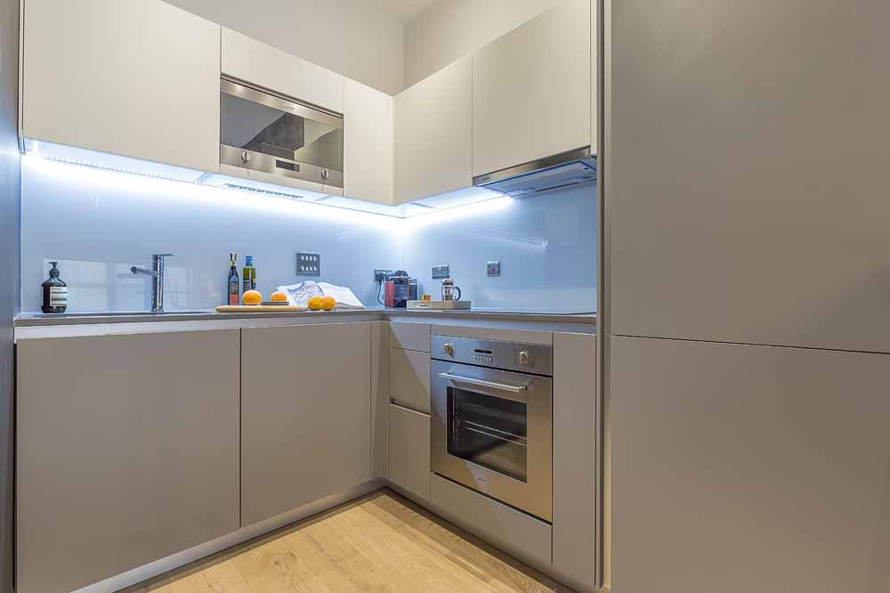 Carlow House Apartments - Kitchen