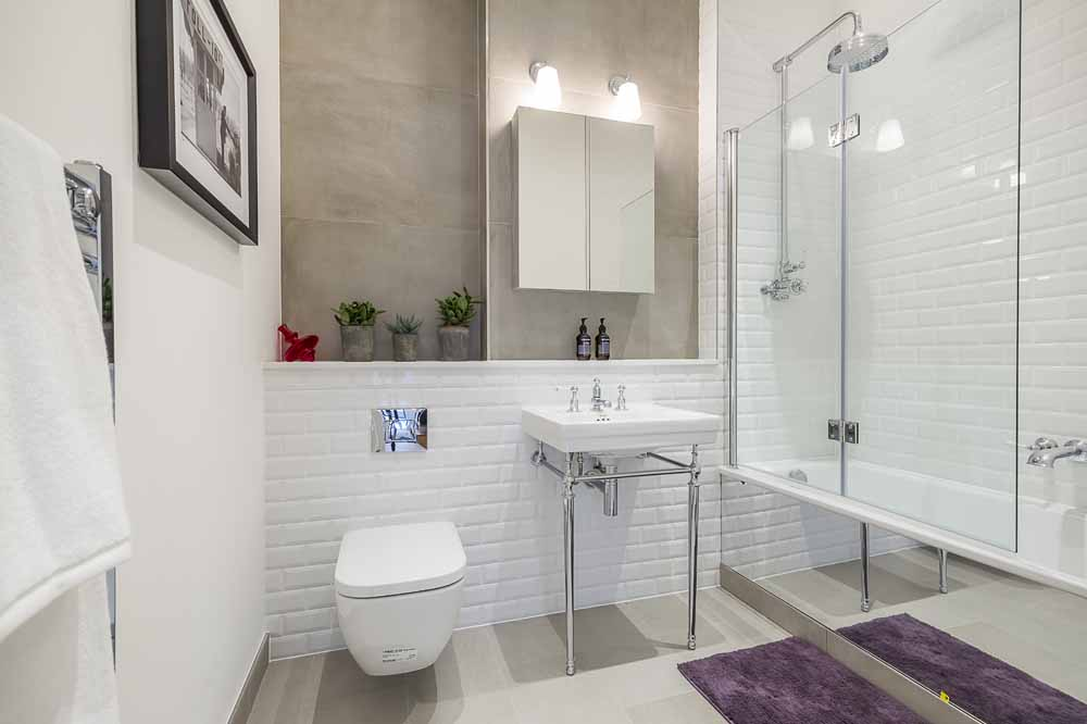 Carlow House Apartments - Bathroom