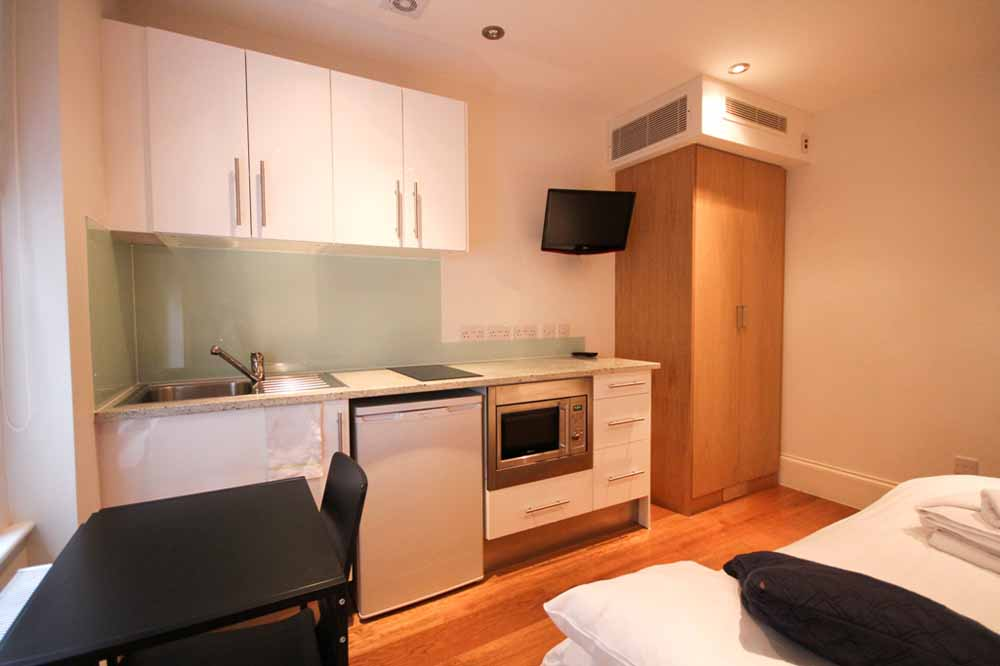 Small Double Studio Apartment - Kitchenette
