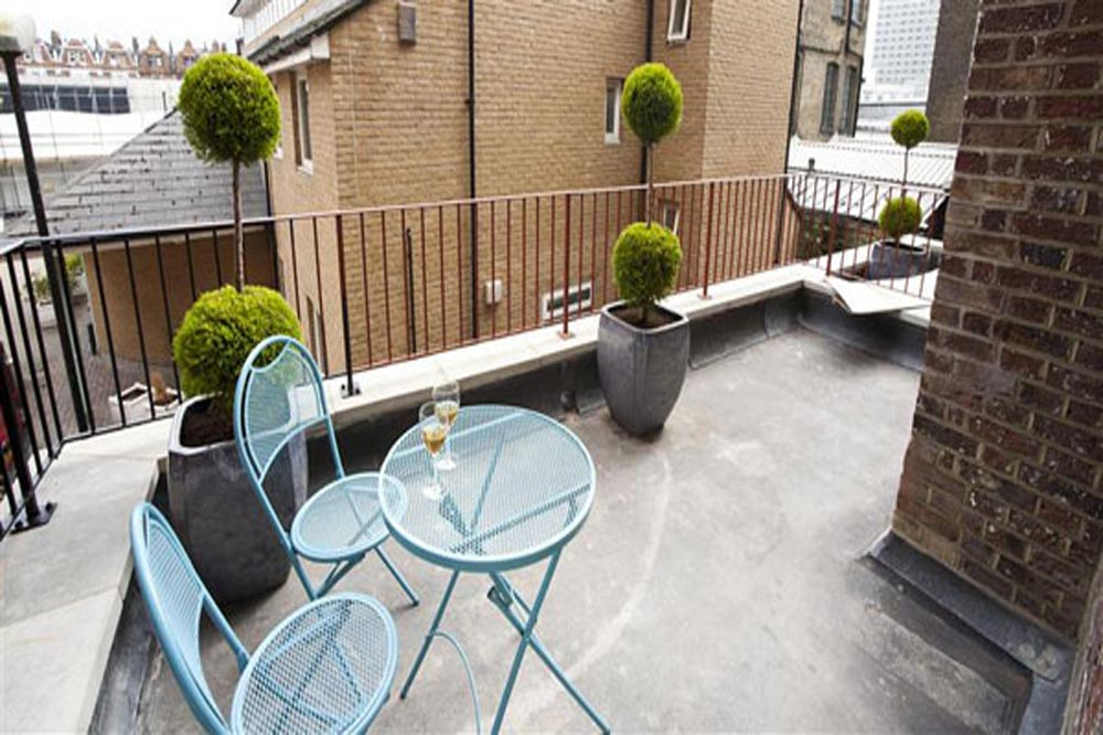 Paddington Green Apartments - Balcony