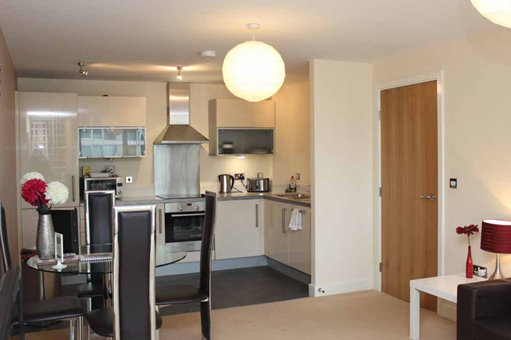 One Bedroom Executive Apartment - Kitchen and Dining Area