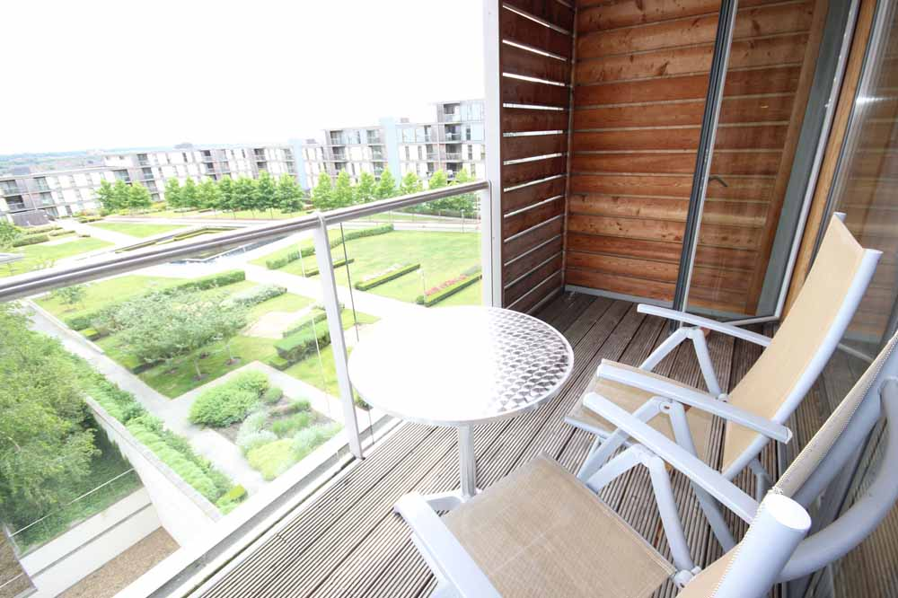 One Bedroom Penthouse Apartment - Balcony