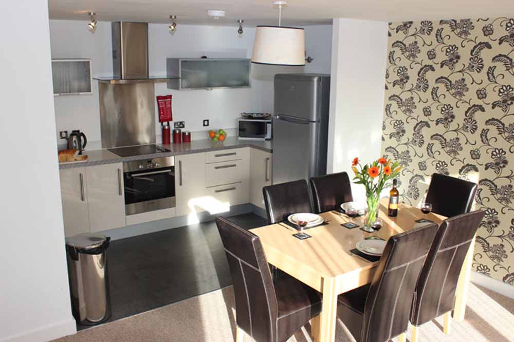 Three Bedroom Executive Apartment - Kitchen and Dining Area