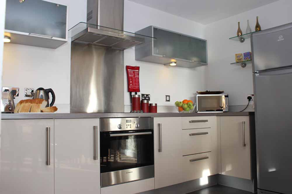 Three Bedroom Executive Apartment - Kitchen
