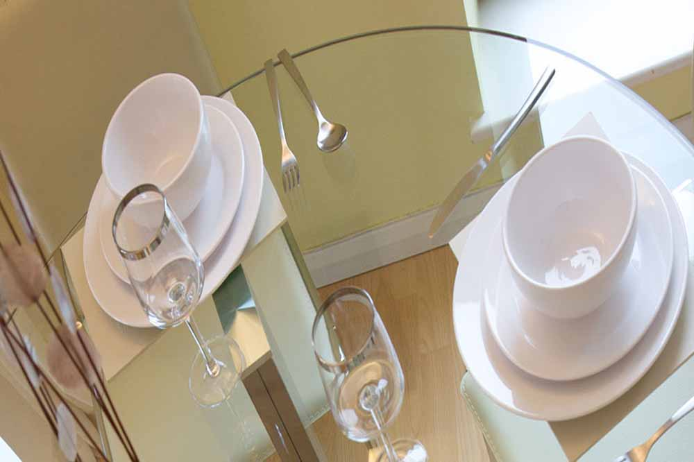 Whites Row Apartments - Dining Area