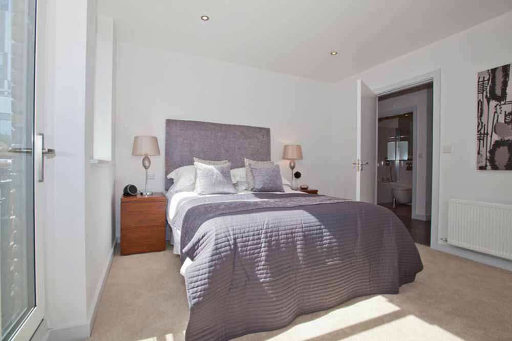 Whites Row Apartments - Bedroom