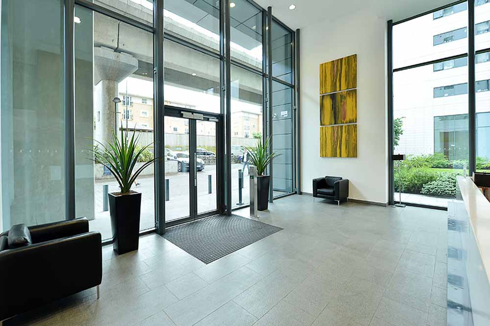 Neutron Tower Apartments - Entrance Foyer