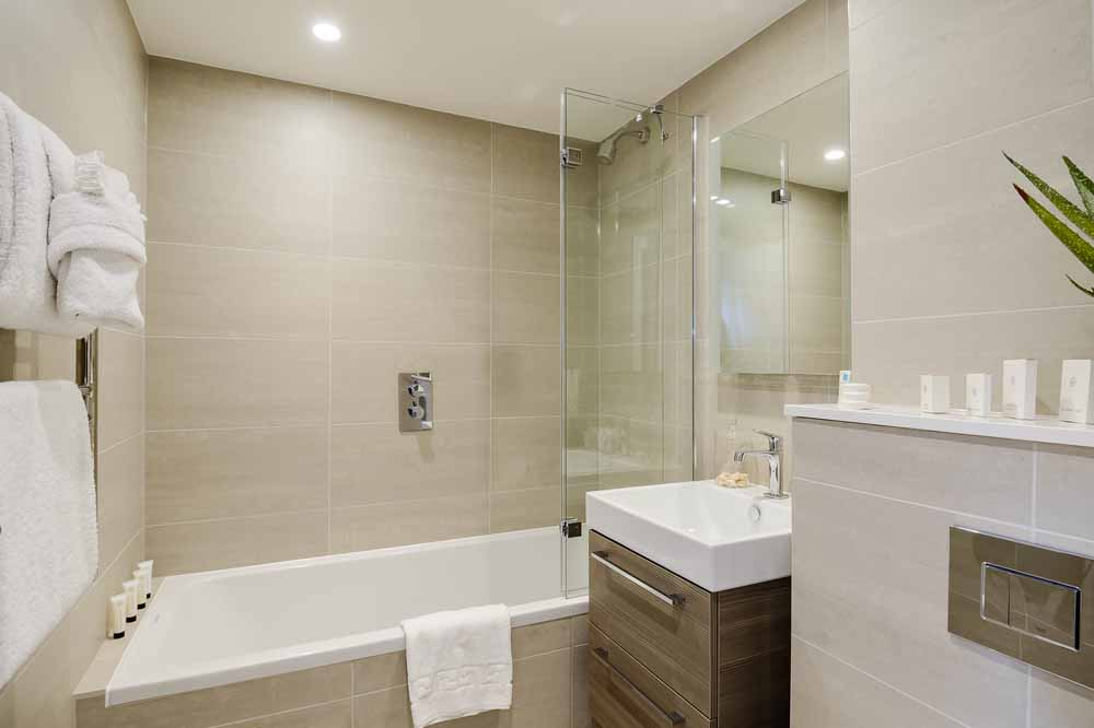 Two Bedroom Penthouse Apartment - Bathroom