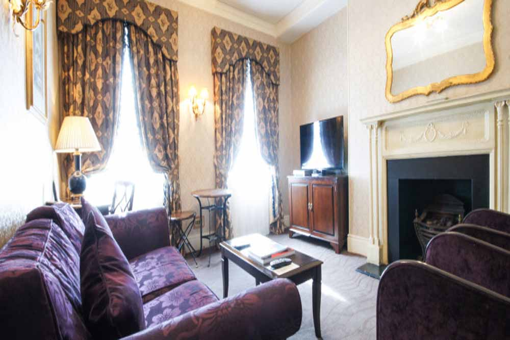 Classic Two Bedroom Apartment - Living Area