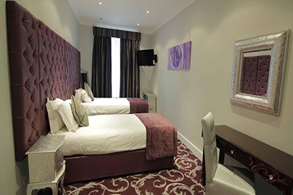 Deluxe Two Bedroom Apartment