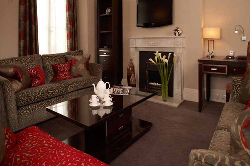 Beaufort House Apartments - Living Area