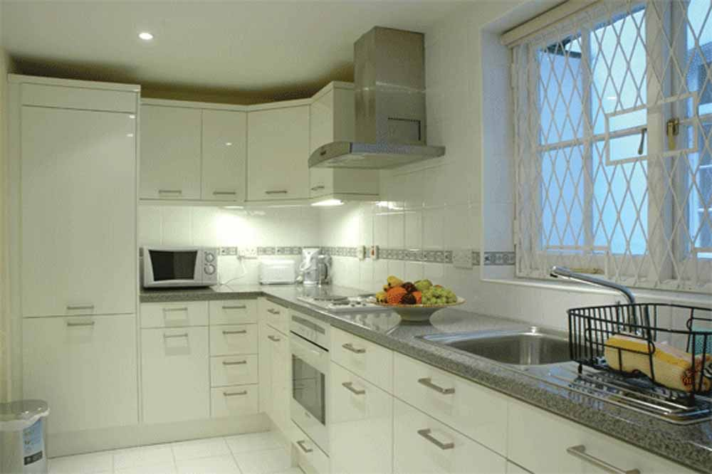 12 Hertford Street Apartments - Kitchen