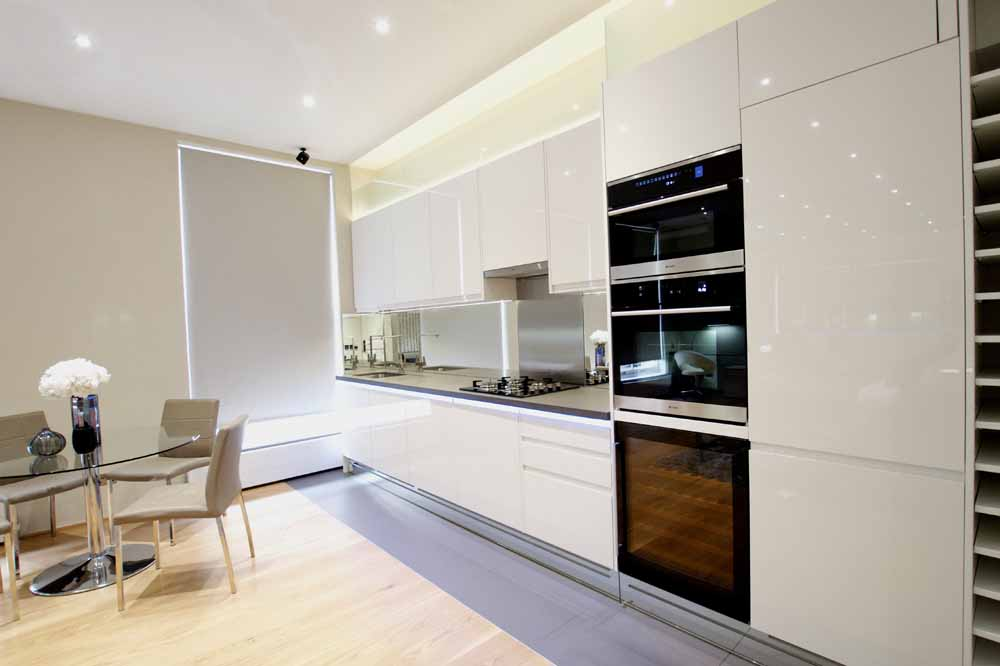 Open Plan One Bedroom Apartment - Kitchen