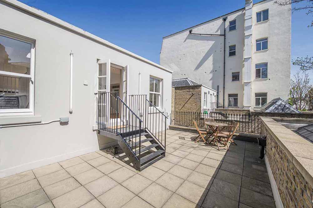 Executive Large One Bedroom Terrace Apartment - Terrace