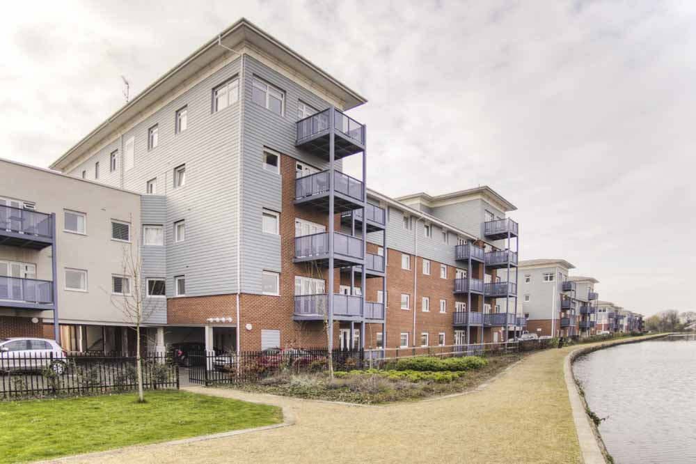 Waterside Park Apartments - Building