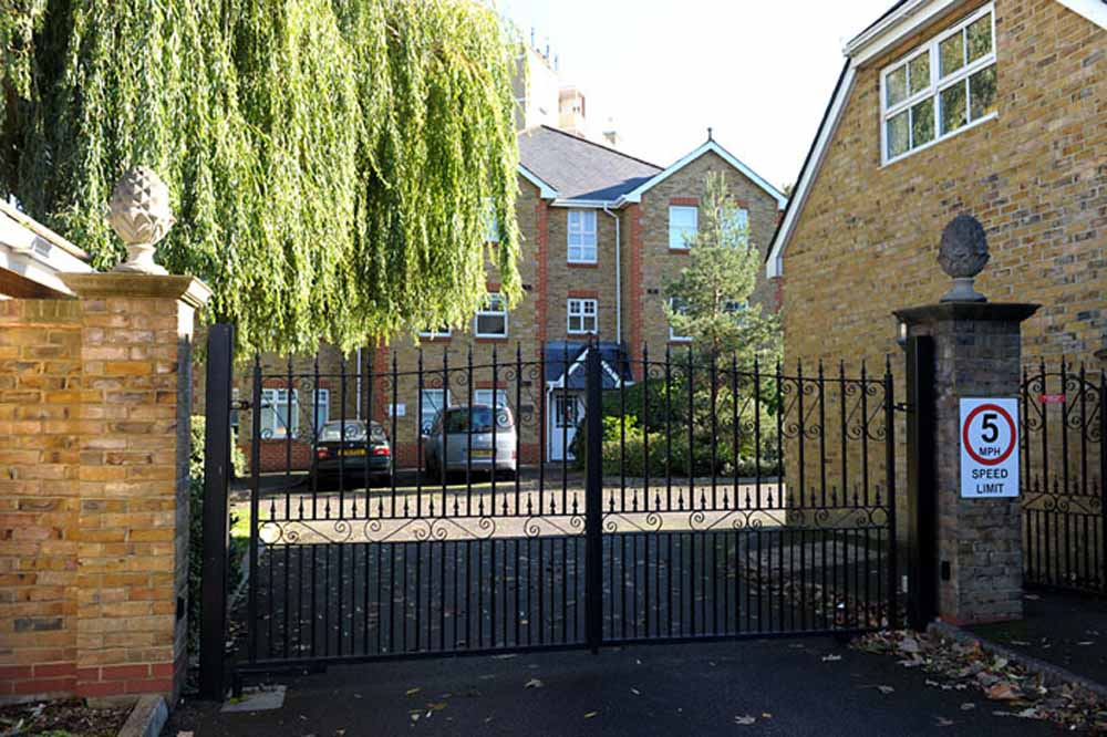 Alexander Court Apartments - Building Gate