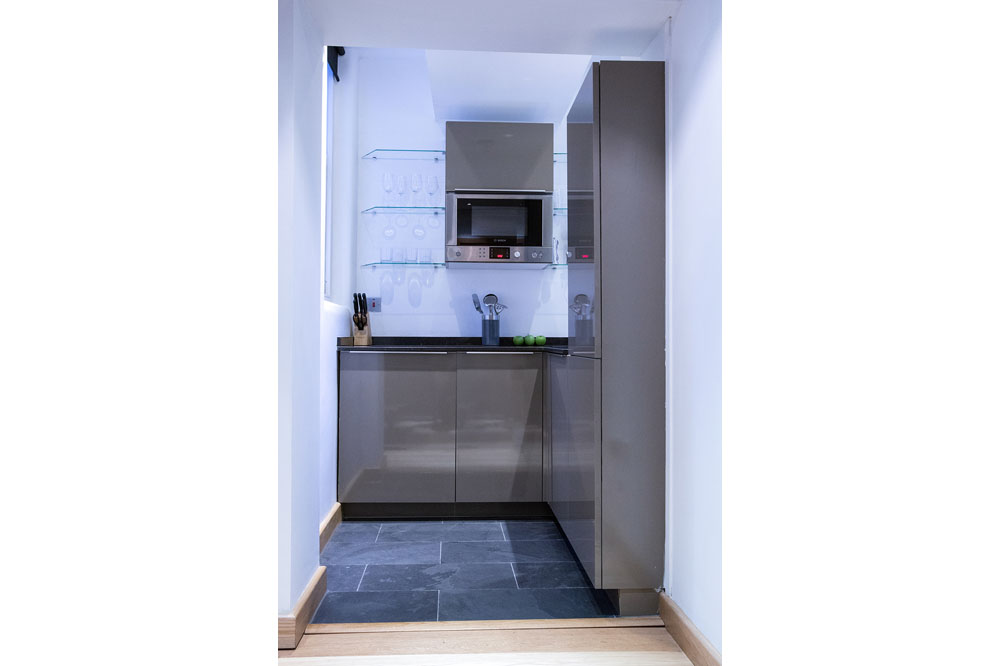 Studio Apartment - Kitchen