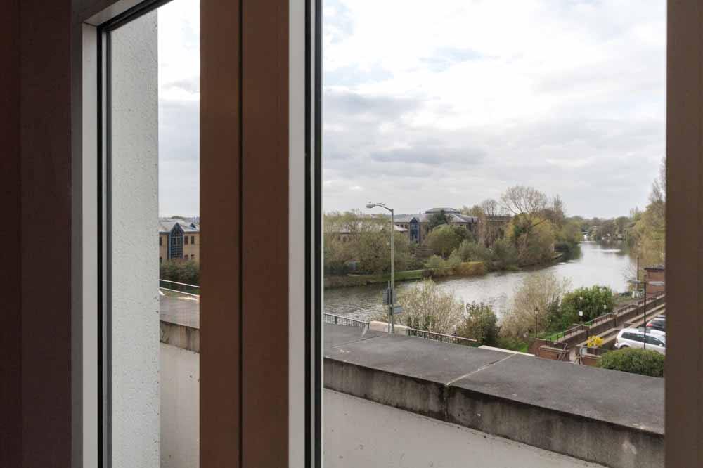 Thames Edge Apartments - Balcony View