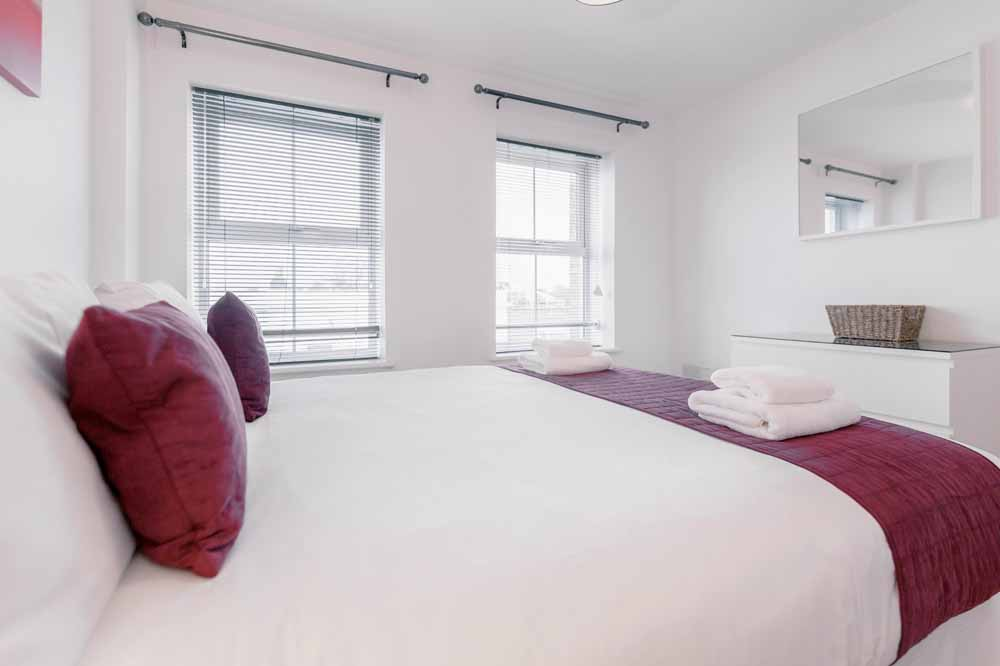 Jubilee Court Apartments - Bedroom