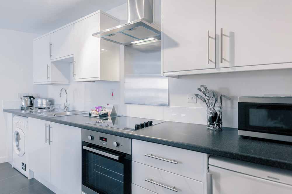 Jubilee Court Apartments - Kitchen