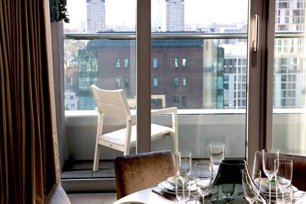 12 Baltimore Wharf Apartments - Dining Area and Balcony