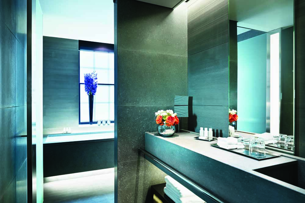 Jumeirah Grosvenor House Apartments - Bathroom